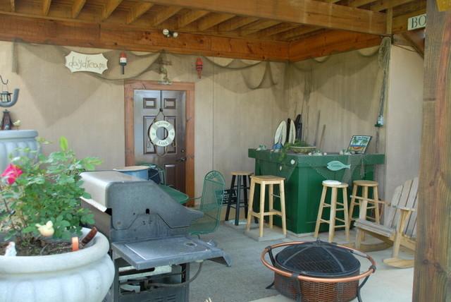 Beautiful Log Home Retreat on Lake Greenwood SC traditional-patio