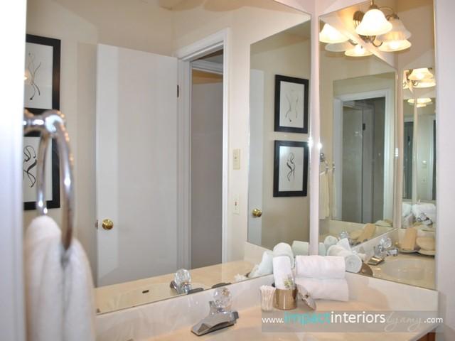Andenwood Drive traditional-bathroom