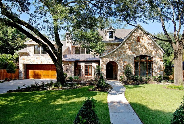 The Lilac Traditional Exterior houston by David