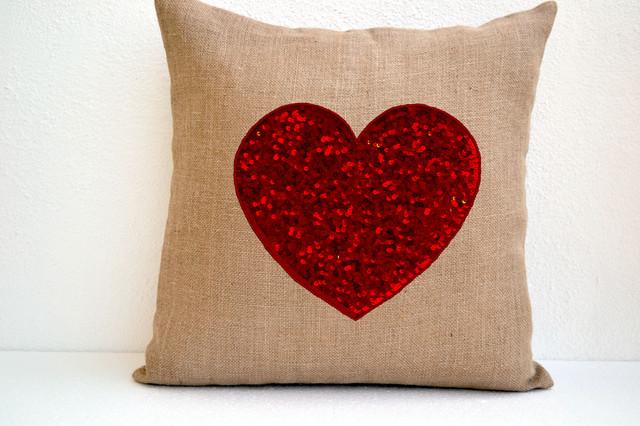 Decorative Valentine Pillows : Valentine Pillows