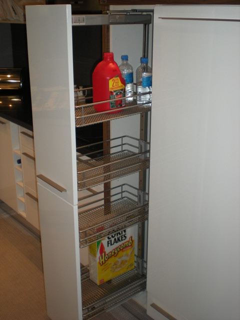 Tall Cupboard with a pull-out column-fully retractable modern kitchen