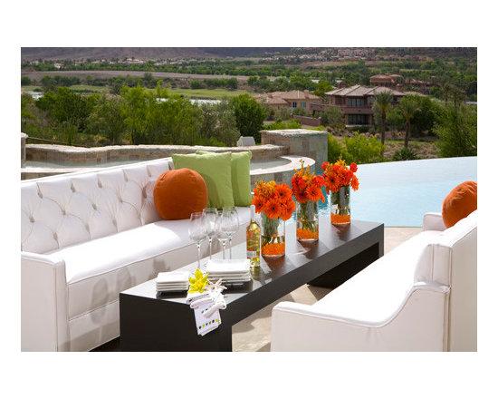 Dining Alfresco Resort Syyle... - Dining Alfresco was Never this Sumptuous!