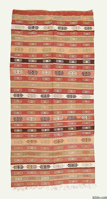 Vintage Mut Kilim artwork