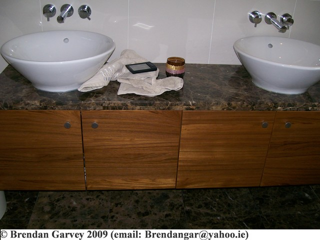 brendan garvey contemporary-bathroom