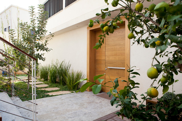 privet house Inerior design & Home styling contemporary-entry