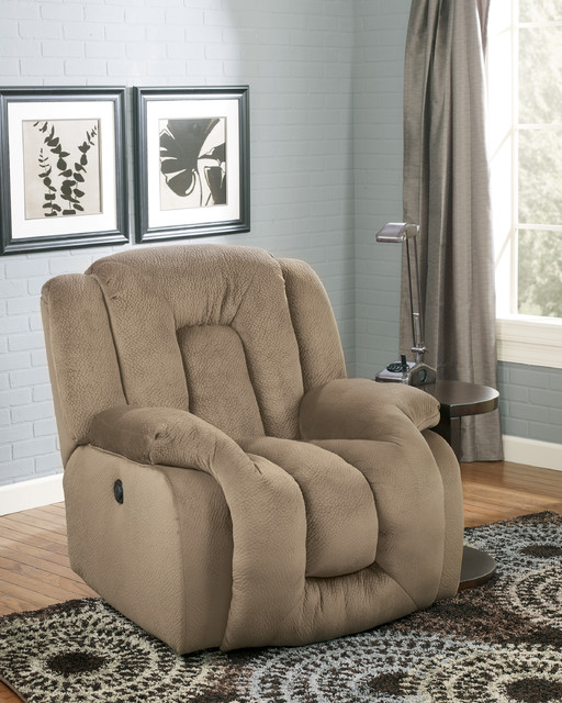 Recliners traditional-recliner-chairs