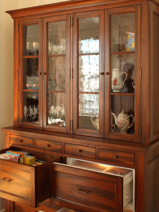 Severn River Residence - Cabinet with built in refrigerators, designed and custom built for the Severn River Residence, designed by  Good Architecture, PC -