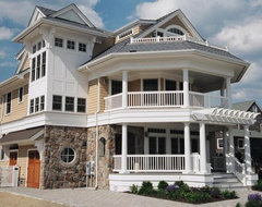 Stone Accents traditional-exterior