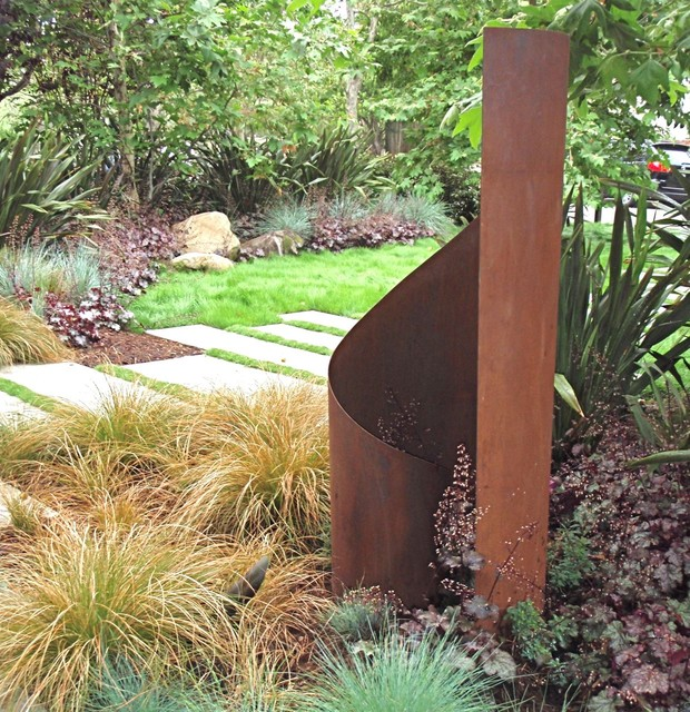 TerraSculpture Taffy modern garden sculptures