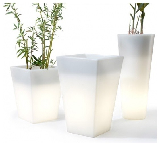 OFFI Hugo Pot modern outdoor planters