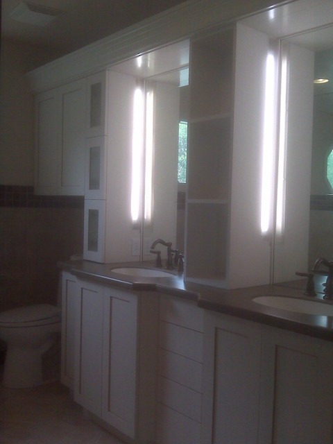 Huck traditional-bathroom