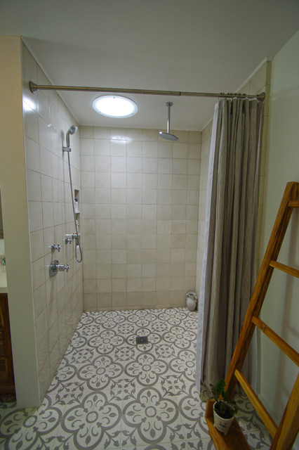 Spanish remodel for Clean the bathroom in spanish