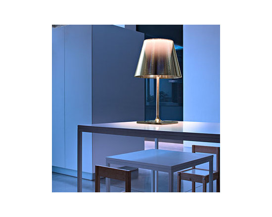 Ktribe T2 Table Lamp By Flos Lighting - KTribe T2 by Flos is part of the new KTribe Collection a series of table, floor and pendant lights.