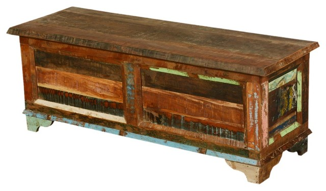 new memoires reclaimed wood trunk storage coffee table. Black Bedroom Furniture Sets. Home Design Ideas