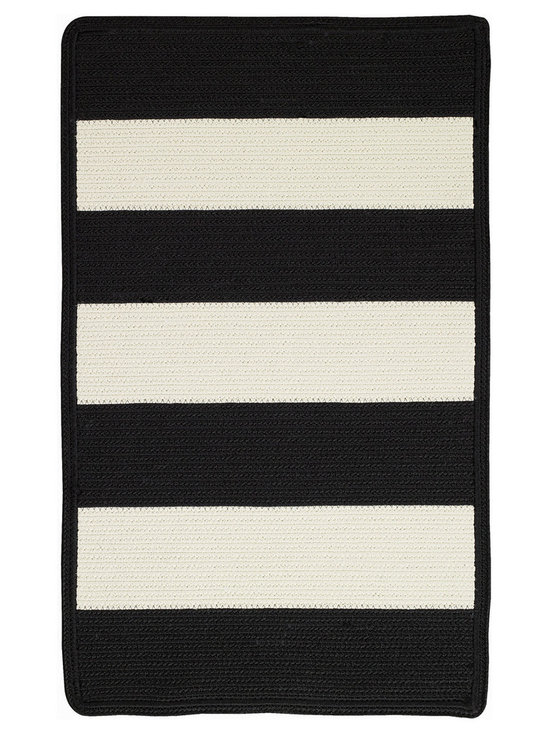 Cabana Stripes rug in Tuxedo - Cabana Stripes is a Capel braided outdoor rug in an easy to use, natural color palette. This Capel Anywhere™ rug works well with today's outdoor fashion fabrics.