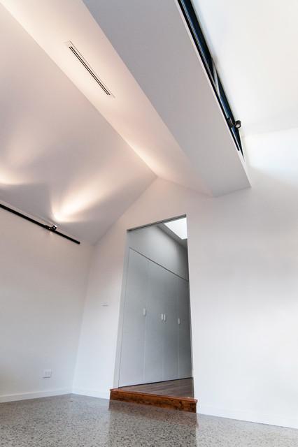 McNae Residence contemporary-hall