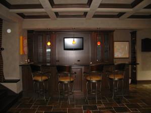 Hinsdale Basement / Bar traditional-basement