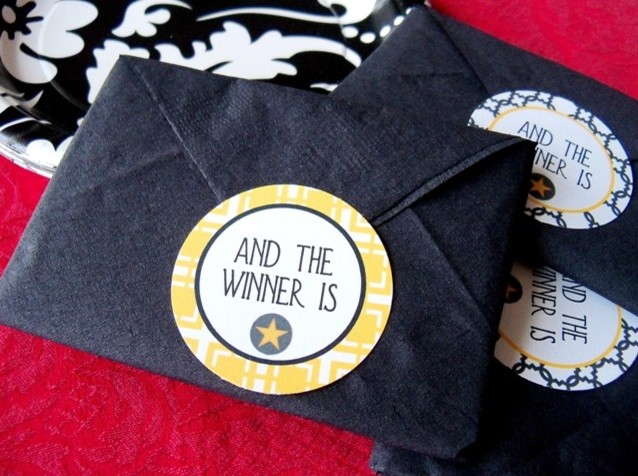 contemporary  Oscar Napkins