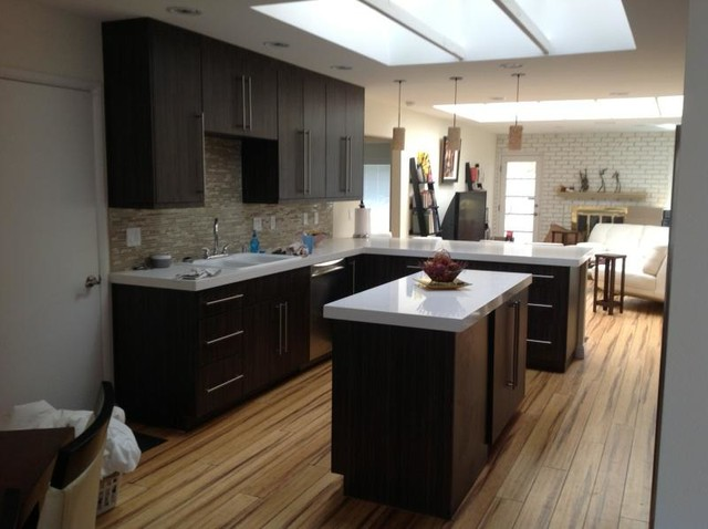Eclipse Textured Melamine Kitchen By Nick Cox Modern Kitchen Cabinets