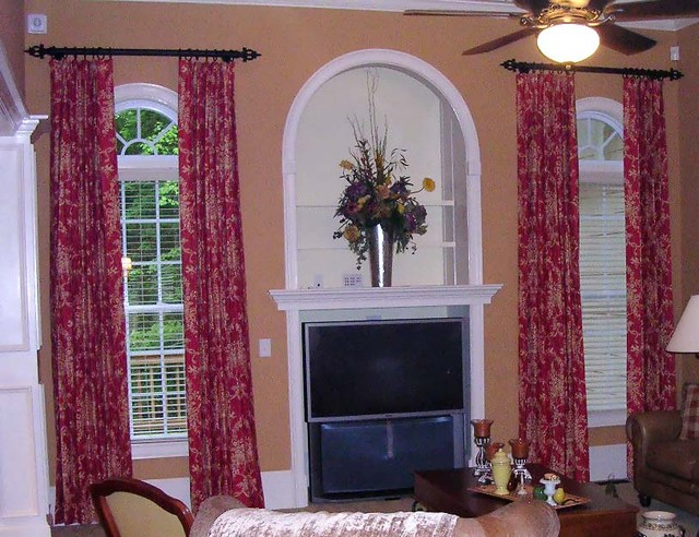 Window treatments traditional living room atlanta by lady dianne 39 s custom window bed for Traditional window treatments living room