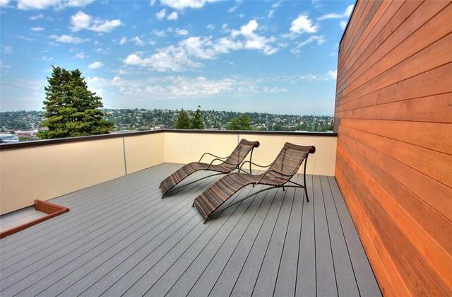 Bridgeview modern-patio