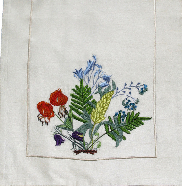 Wildflowers & Ferns Table Art Runners traditional-table-runners