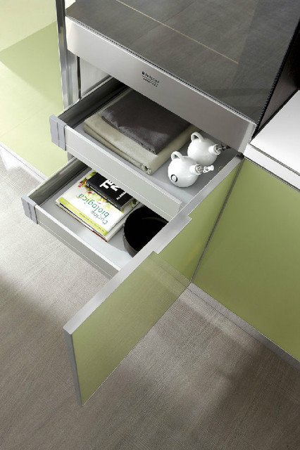 Italian Kitchen Cabinet Organization and Close-up Images modern