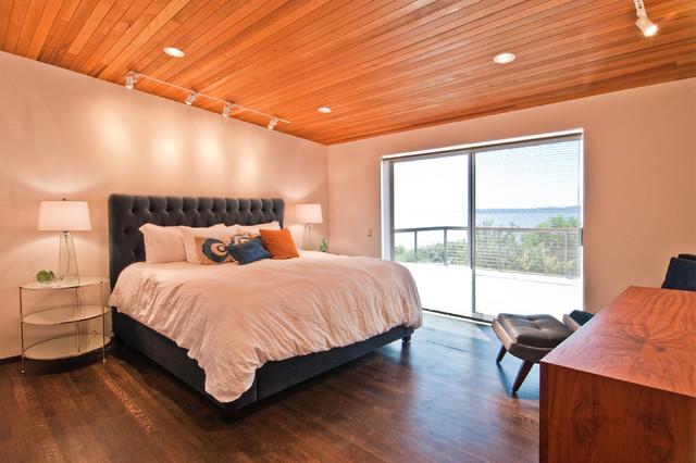 Des Moines Mcm Remodel Modern Bedroom Seattle By Build Llc