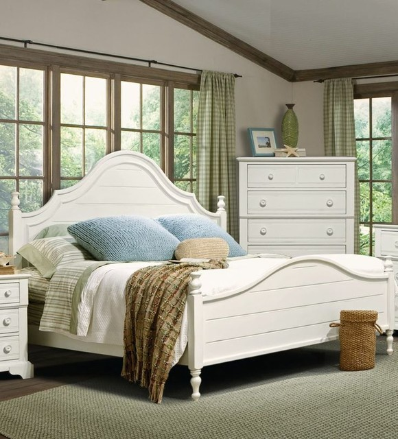 Cottage Grove Queen Poster Bed Vaughan