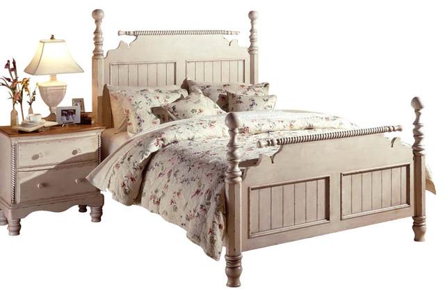 Hillsdale Wilshire 5 Piece Poster Bedroom Set In Antique White Queen Traditional Bedroom