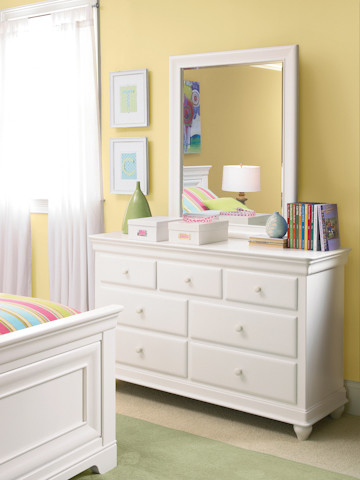 classics 4 0 white drawer dresser with mirror traditional dressers