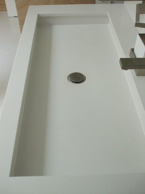 Villa Gurulian contemporary-bathroom