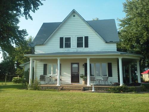 New siding on old farmhouse for Vintage farmhouses