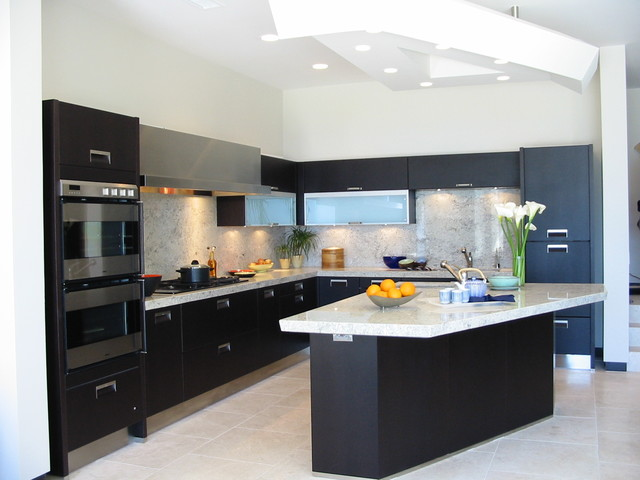 modern black and white kitchen kitchen san diego by hamilton gray design inc. Black Bedroom Furniture Sets. Home Design Ideas