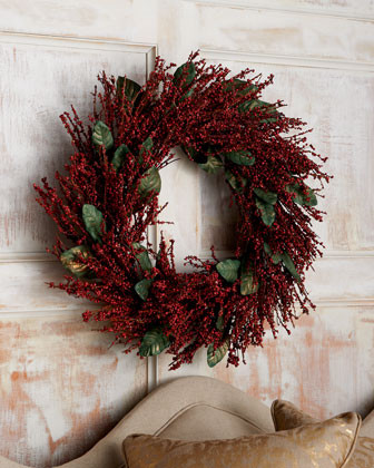 22 Berry Wreath traditional holiday decorations