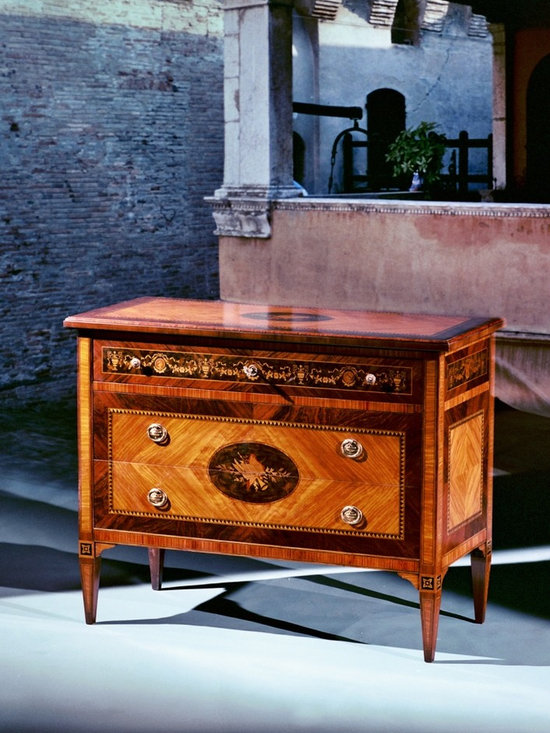 Maggiolini style chest of drawers Mod. MUSIC - Maggiolini style chest of drawers Mod. MUSIC in olive, rosewood, maple, bois de rose, root of walnut, coloured woods for the marquetry.