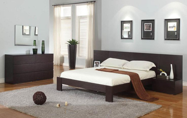 Exquisite Wood Modern Master Bedroom Set - Modern - Bedroom Furniture ...