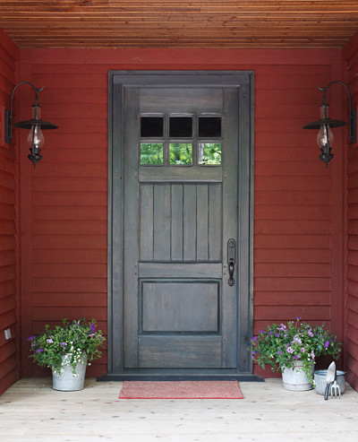 Curb appeal cottage style front doors apartment therapy for Front door styles