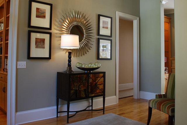 Artwork, lighting and accessories all work together contemporary-hall