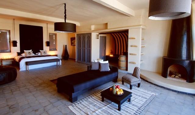 Simple & Elegant Moroccan Home Design mediterranean