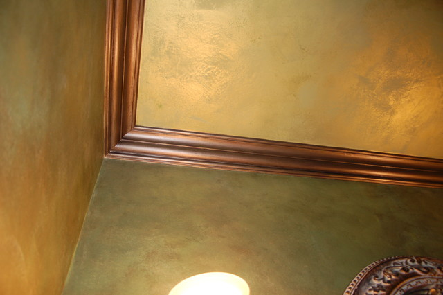 Green Apple Metallic Plaster Walls Ceiling Bronze Glazed Trim