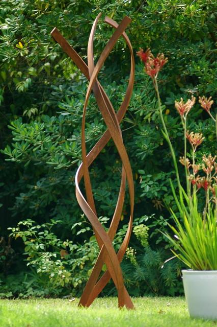 Terrasculpture quotkismetquot modern garden statues for Sculpture moderne pour jardin