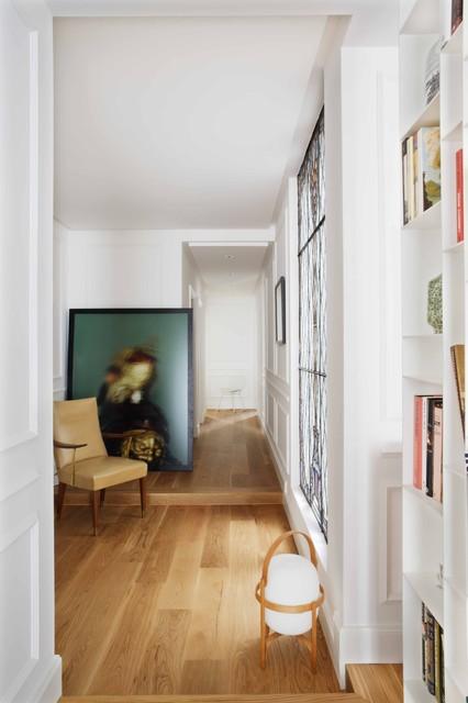 Spanish apartment contemporary-hall