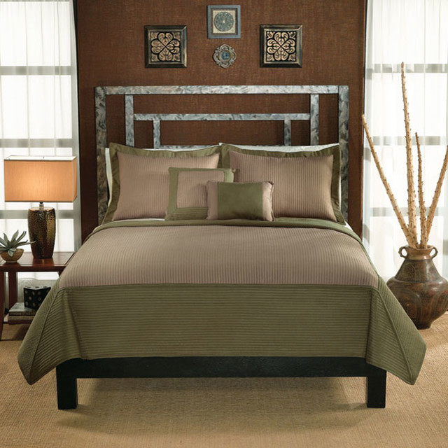 Barclay Sage Green and Tan Hotel 3-Piece Quilt Set contemporary-quilts-and-quilt-sets