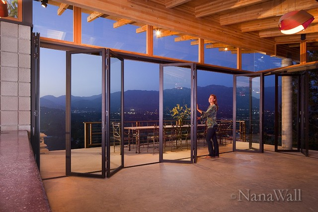 Nanawall sl45 windows and doors by nanawall for Nana sliding glass doors