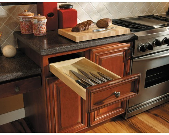 Getting Organized with Fieldstone Cabinetry - Cutlery Storage Drawer