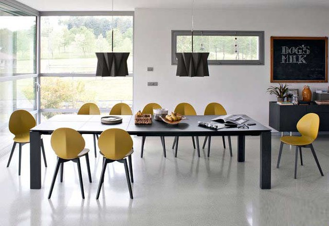 Omnia xxl modern dining room other metro by for Table salle a manger design xxl