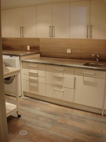Tomar Lampert Associates contemporary laundry room