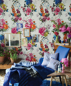 Amrapali Wallpaper in Peony traditional-wallpaper