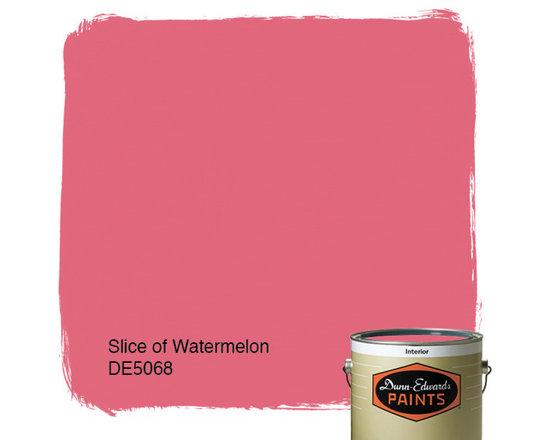 Dunn-Edwards Paints Slice of Watermelon DE5068 -
